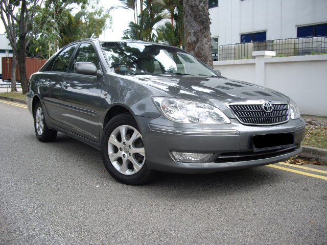 Toyota Camry 2.0A 2005 Grey