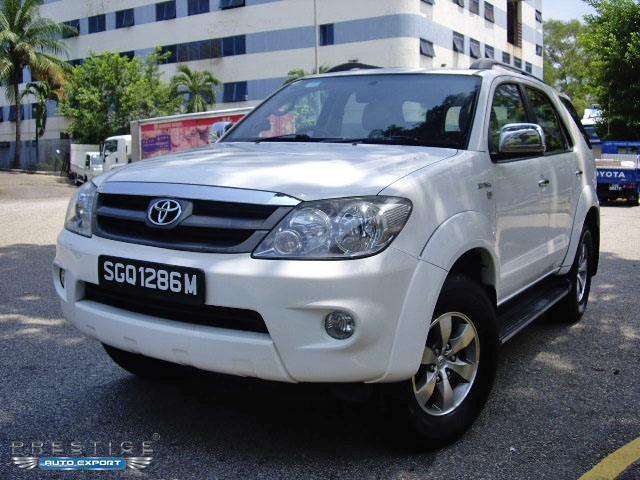 toyota fortuner 2 7a 2006 4x4 2006 for export singapore. Black Bedroom Furniture Sets. Home Design Ideas