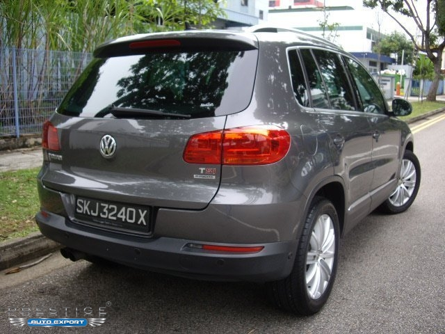 volkswagen tiguan  tsi bmt  sunroof grey   export singapore  cars exporter